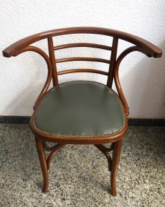 Sillón Thonet. Mueble antiguo