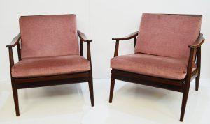muebles antiguos. sillones nórdicos de nogal