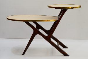 mesa auxiliar vintage. mueble antiguo