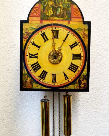 reloj selva negra antiguo